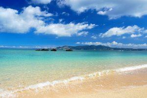沖縄ビーチで浮気不倫
